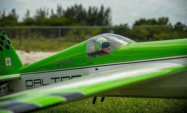 green RC plane