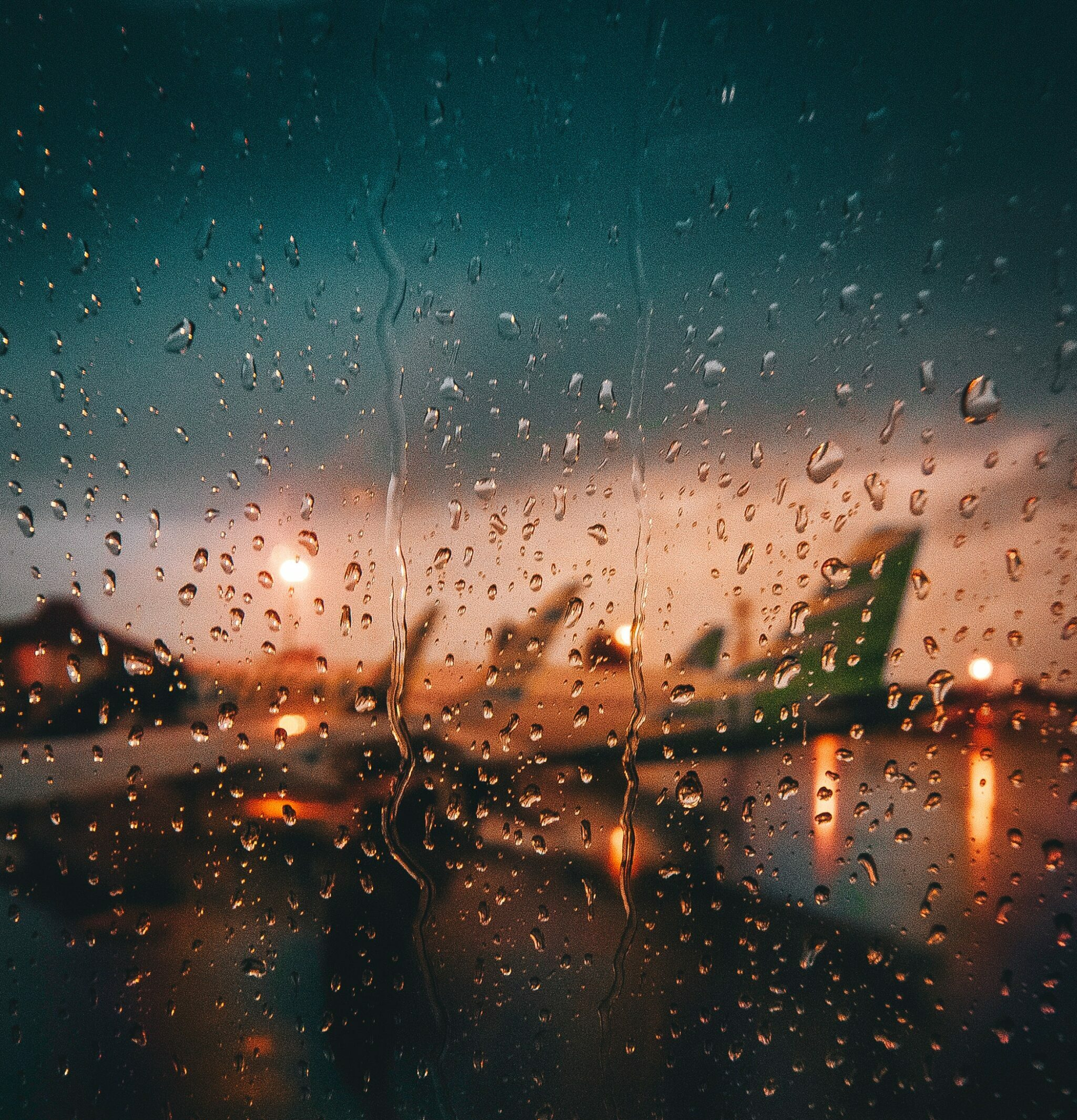 plane about to fly in rain